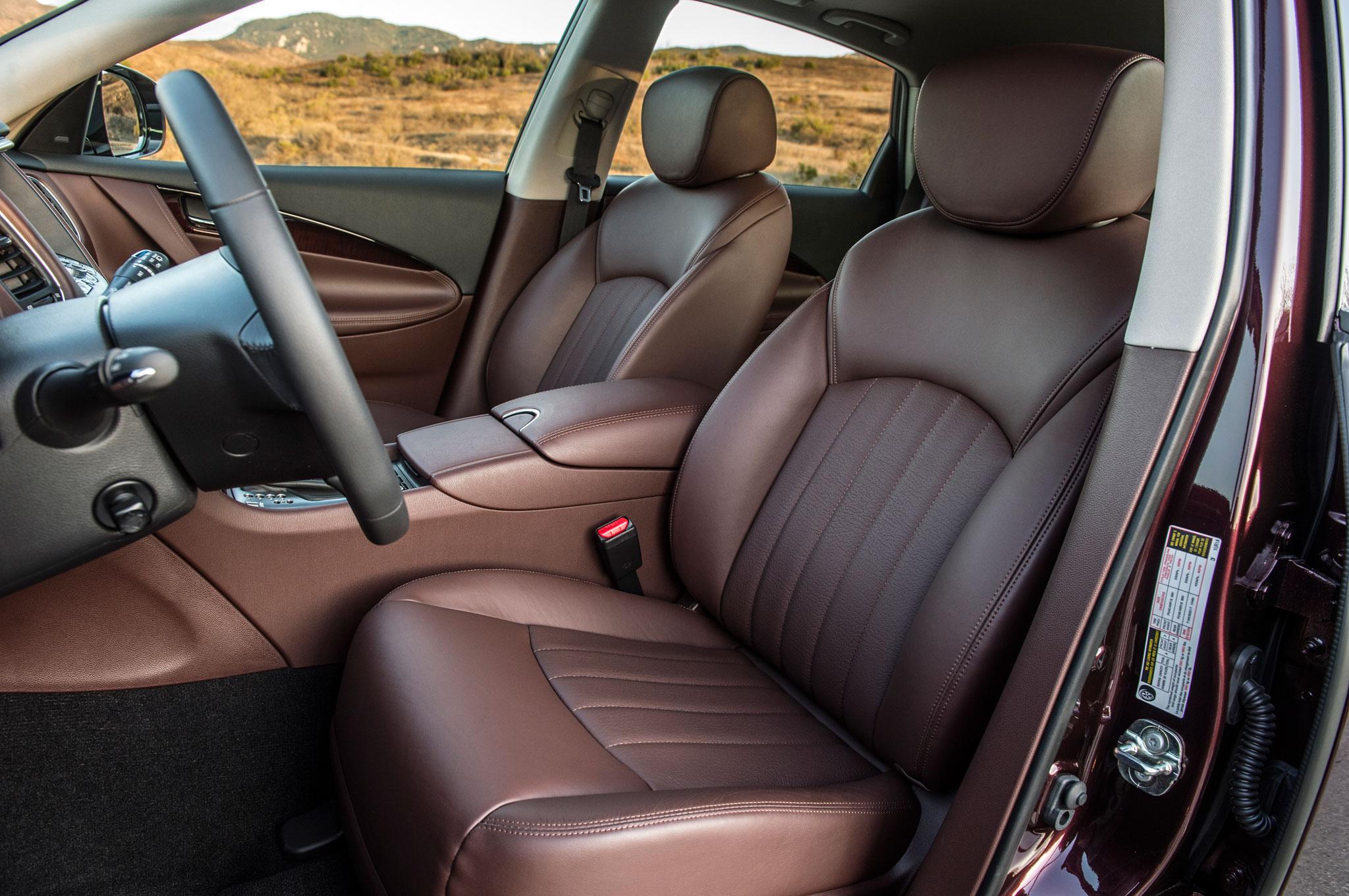 Ghế ô tô cũ hỏng – Nên bọc lại ghế da ô tô hay thay mới Là EVA thông minh nên biết điều này