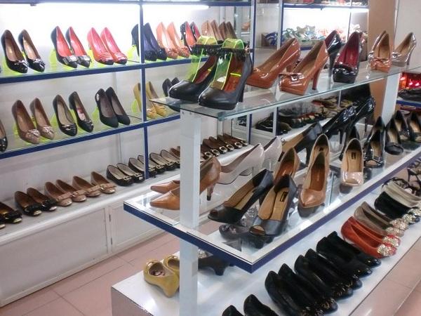 Review 5 shop bán giày nữ đẹp nhất tại Hà Nội đắt hàng như tôm tươi