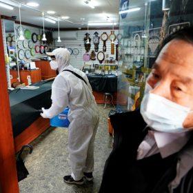 Hàn Quốc thêm 334 trường hợp nhiễm virus corona mới, nâng tổng số 1.595 ca