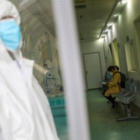 Trung Quốc phát hiện hơn 500 tù nhân và lính canh nhiễm Covid-19
