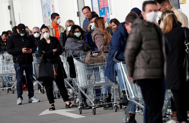 888 người nhiễm covid-19, 21 người tử vong, Ý trở thành ổ dịch lớn nhất châu Âu