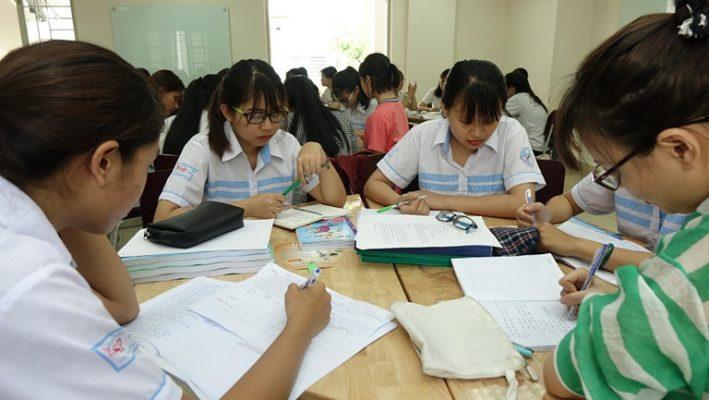 Hàng loạt trường đại học đồng loạt cho sinh viên nghỉ thêm 1-3 tuần chống covid-19