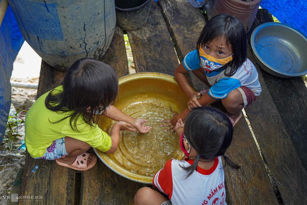 Gia Lai: Gần 1.000 học sinh các cấp nghỉ học vì dịch bạch hầu