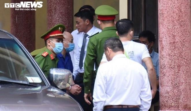 """Giang hồ Đường """"Nhuệ"""" bị tuyên phạt 2 năm 6 tháng tù giam"""