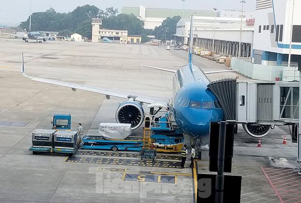 Nam nhân viên kỹ thuật máy bay bị sét đánh tử vong tại sân bay Nội Bài