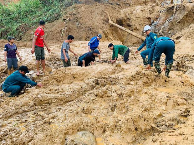 Vụ sạt lở vùi lấp 13 người ở Phước Sơn: Tìm thấy 1 thi thể trẻ em ở hiện trường, 1 thi thể dưới lòng hồ