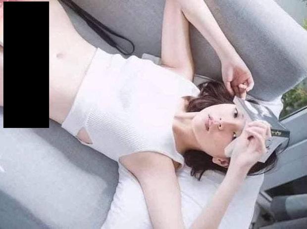 """Vụ Hải Tú dùng sách che vùng nhạy cảm: Phía Nhã Nam lên tiếng khi antifan tràn vào fanpage đòi xử lý """"gà"""" Sơn Tùng"""
